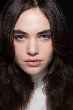 thomas-tait-spring-2016-beauty-fashion-show-the-impression-36
