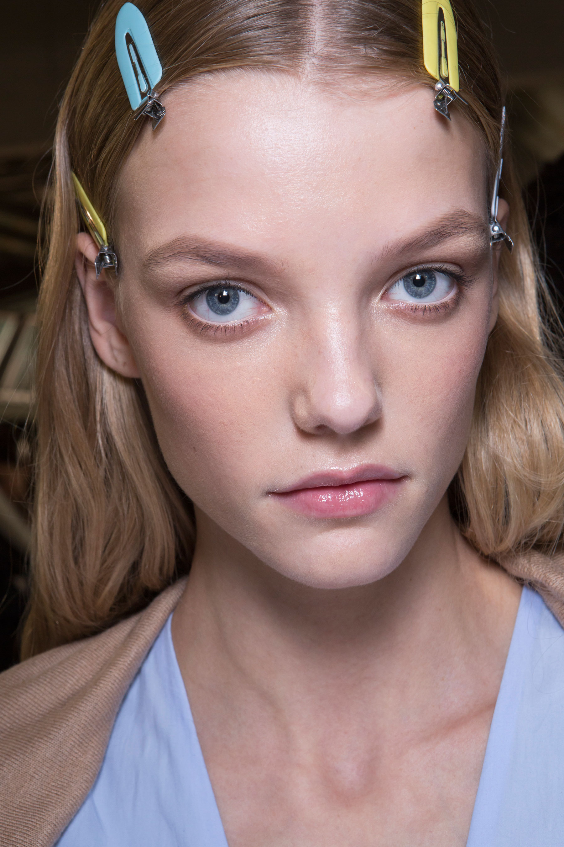 versace-backstage-beauty-spring-2016-fashion-show-the-impression-063