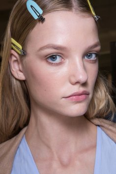 versace-backstage-beauty-spring-2016-fashion-show-the-impression-064
