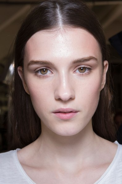 versace-backstage-beauty-spring-2016-fashion-show-the-impression-069
