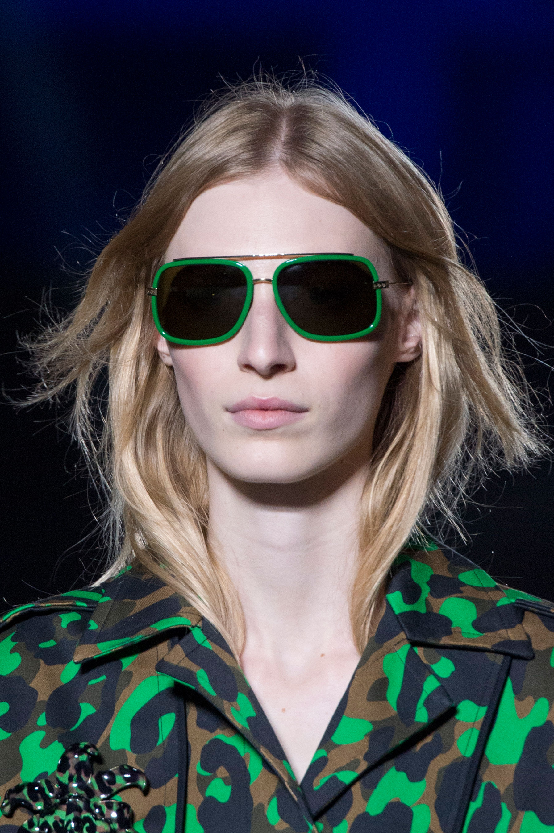 versace-runway-beauty-spring-2016-fashion-show-the-impression-004