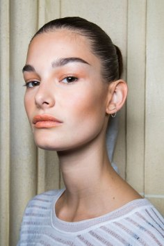 Balmain-spring-2016-beauty-fashion-show-the-impression-89
