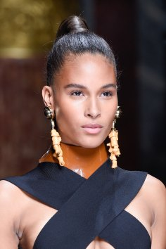 Balmain-spring-2016-runway-beauty-fashion-show-the-impression-54