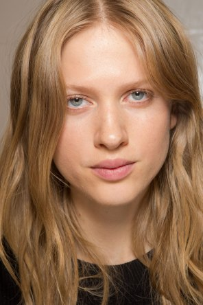 Carven-spring-2016-beauty-fashion-show-the-impression-32