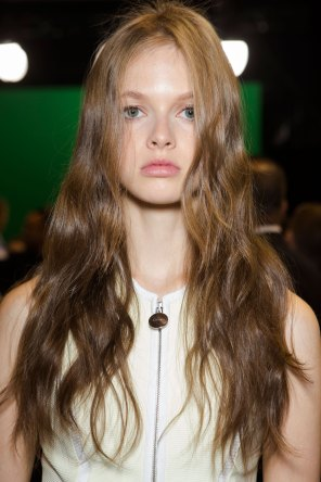 Carven-spring-2016-beauty-fashion-show-the-impression-57