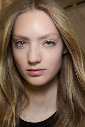 Carven-spring-2016-beauty-fashion-show-the-impression-76