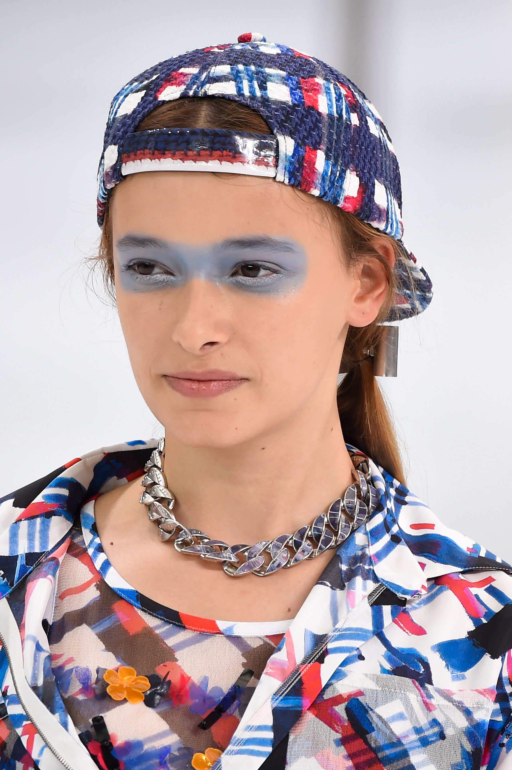 Chanel-spring-2016-runway-beauty-fashion-show-the-impression-04