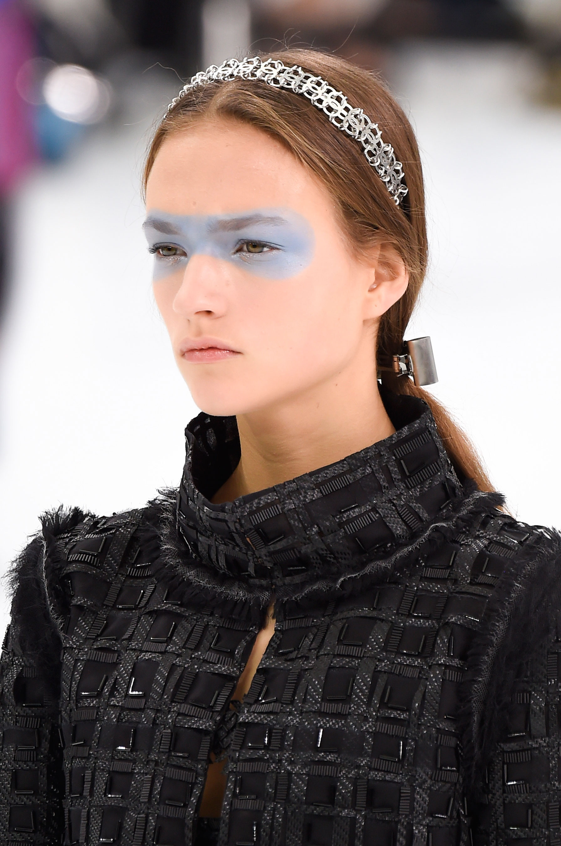Chanel-spring-2016-runway-beauty-fashion-show-the-impression-16