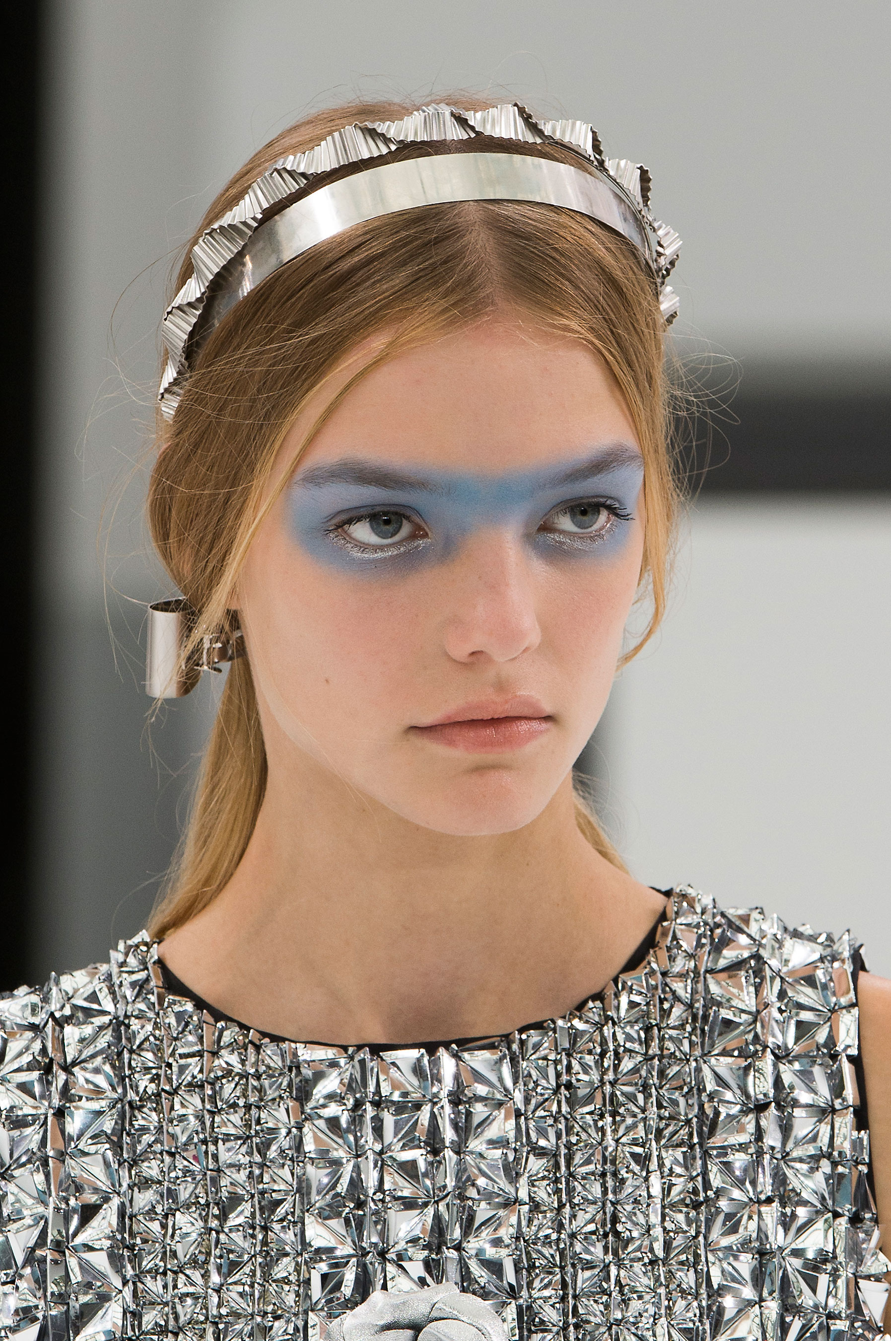 Chanel-spring-2016-runway-beauty-fashion-show-the-impression-49
