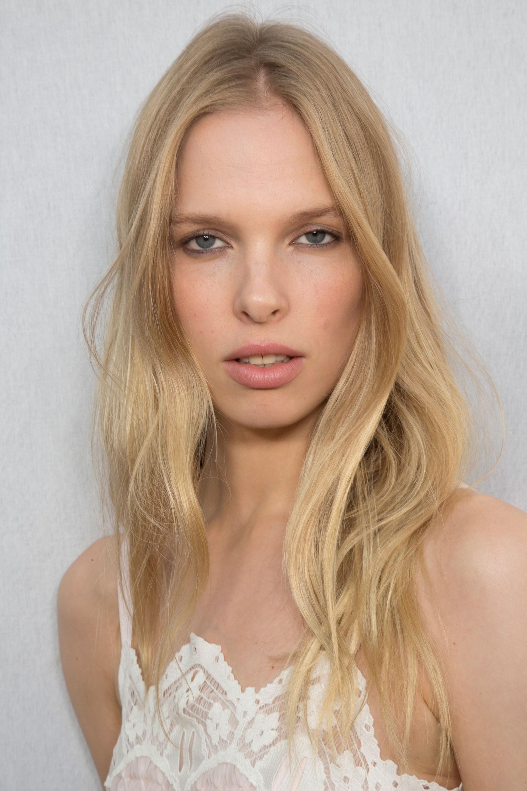 Chloe-spring-2016-beauty-fashion-show-the-impression-066
