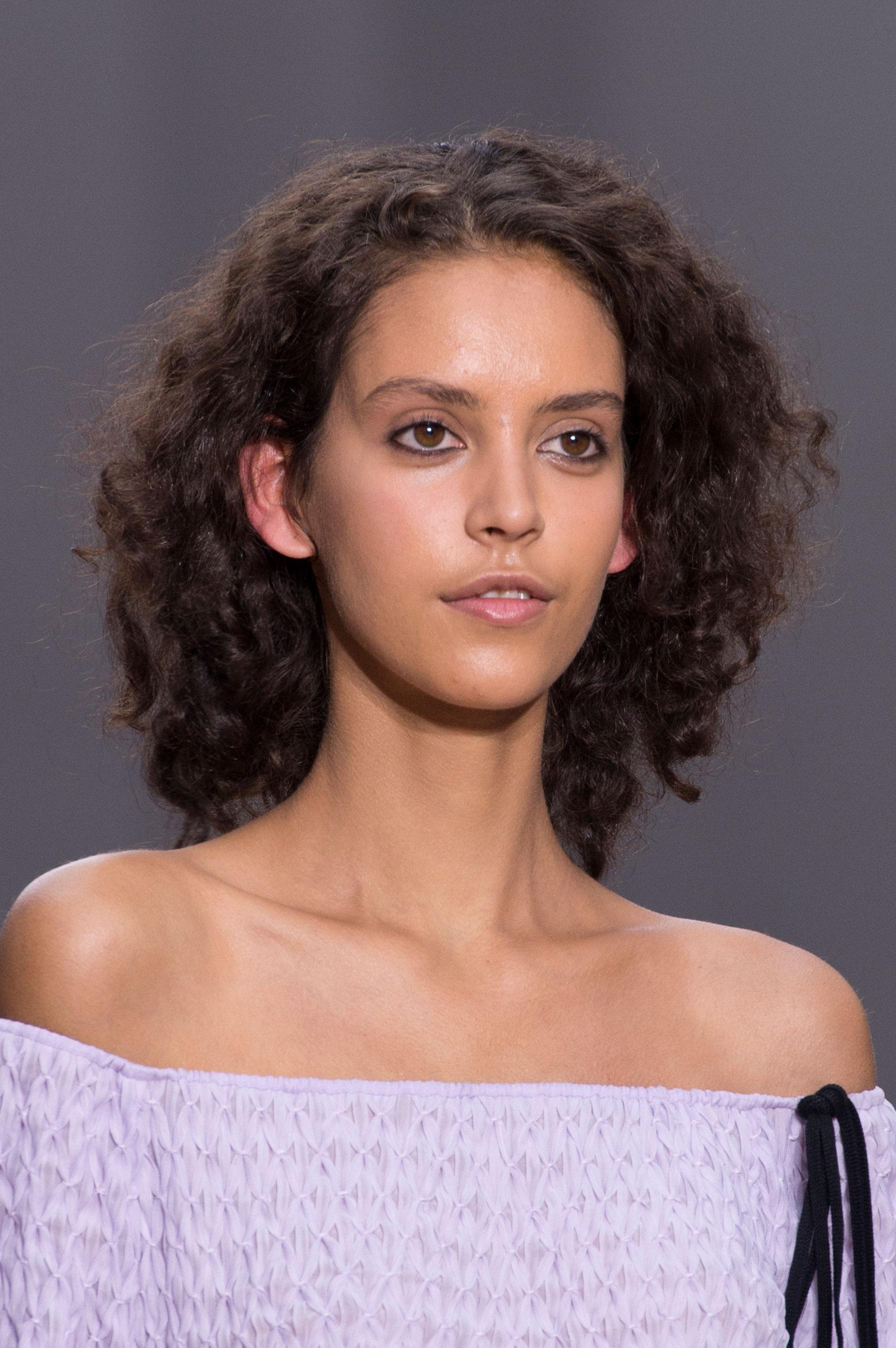 Chloe-spring-2016-runway-beauty-fashion-show-the-impression-11