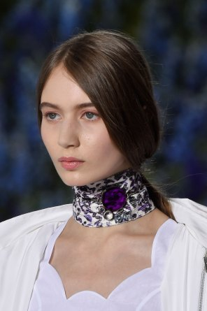 Dior-runway-beauty-spring-2016-fashion-show-the-impression-006
