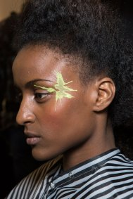 Issey-Miyake-spring-2016-beauty-fashion-show-the-impression-15