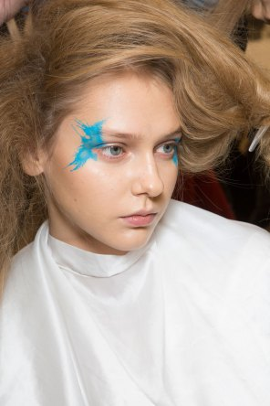 Issey-Miyake-spring-2016-beauty-fashion-show-the-impression-30
