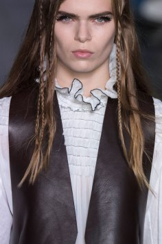 Louis-Vuitton-spring-2016-runway-beauty-fashion-show-the-impression-45