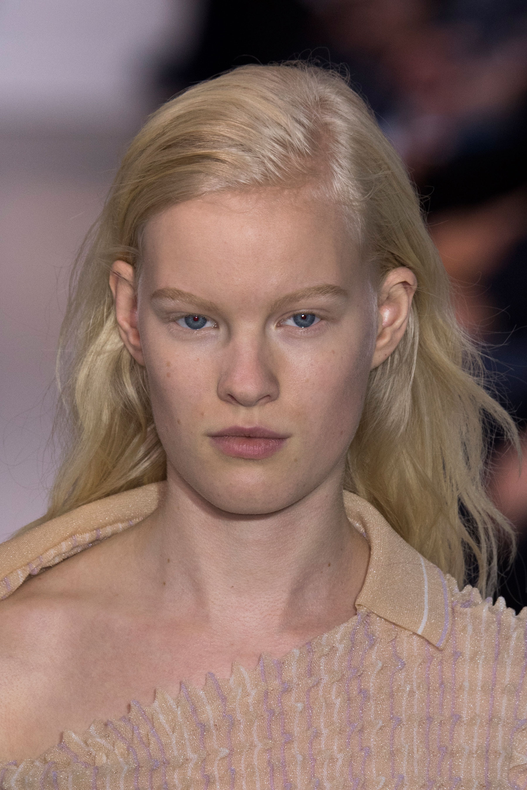 Paco-Rabanne-spring-2016-runway-beauty-fashion-show-the-impression-15
