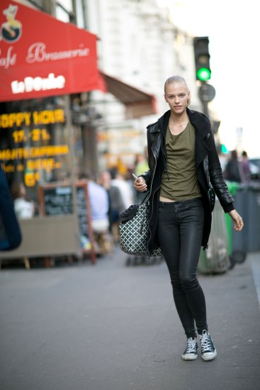 Paris-fashion-week-street-style-day-5-october-2015-the-impression-001