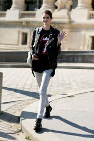 Paris-fashion-week-street-style-day-5-october-2015-the-impression-013