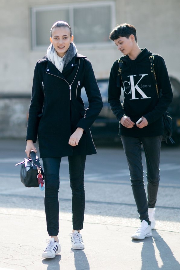 Paris-fashion-week-street-style-day-6-october-2015-the-impression-004