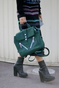 Paris-fashion-week-street-style-day-6-october-2015-the-impression-094