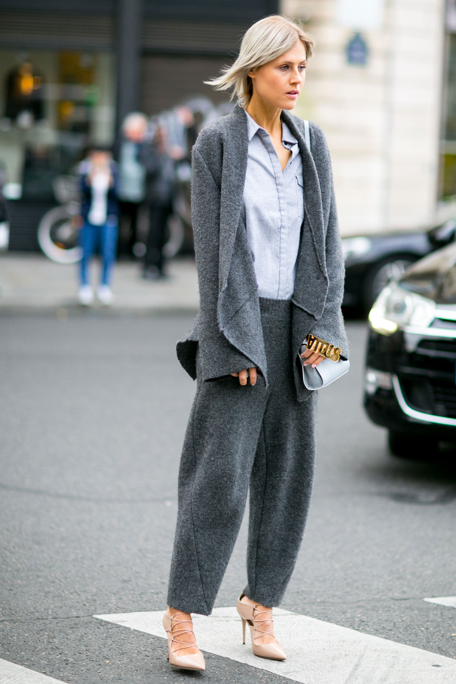 Paris-fashion-week-street-style-day-7-october-15-the-impression-22