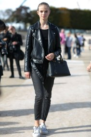 Paris-fashion-week-street-style-day-7-october-2015-the-impression-030