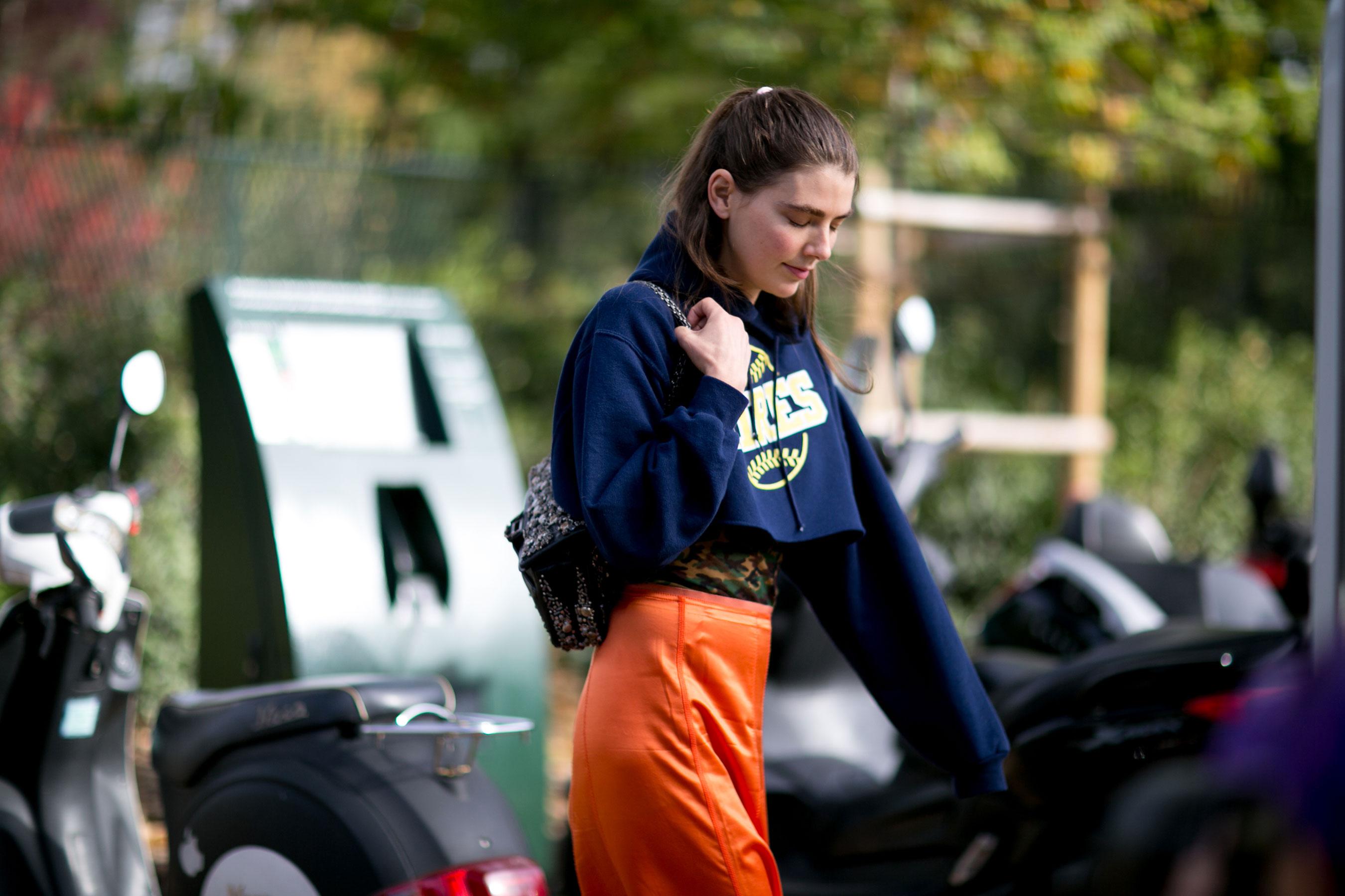 Paris-fashion-week-street-style-day-9-october-2015028