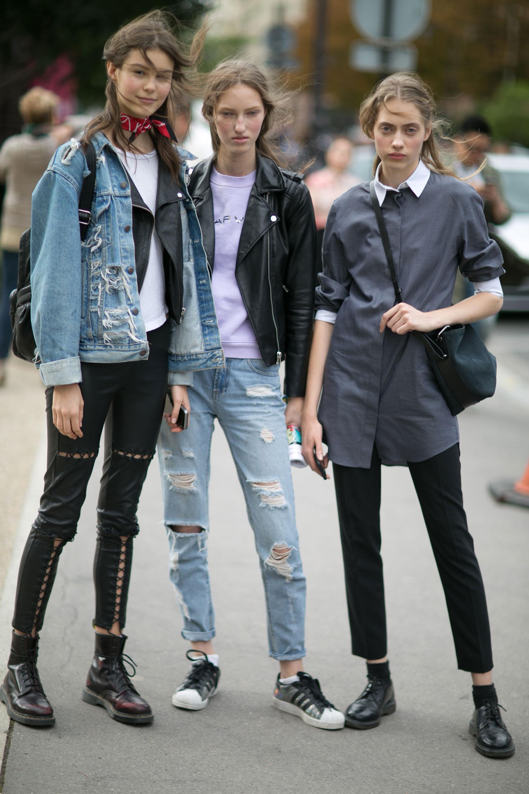 Paris-fashion-week-street-style-day-9-october-2015035