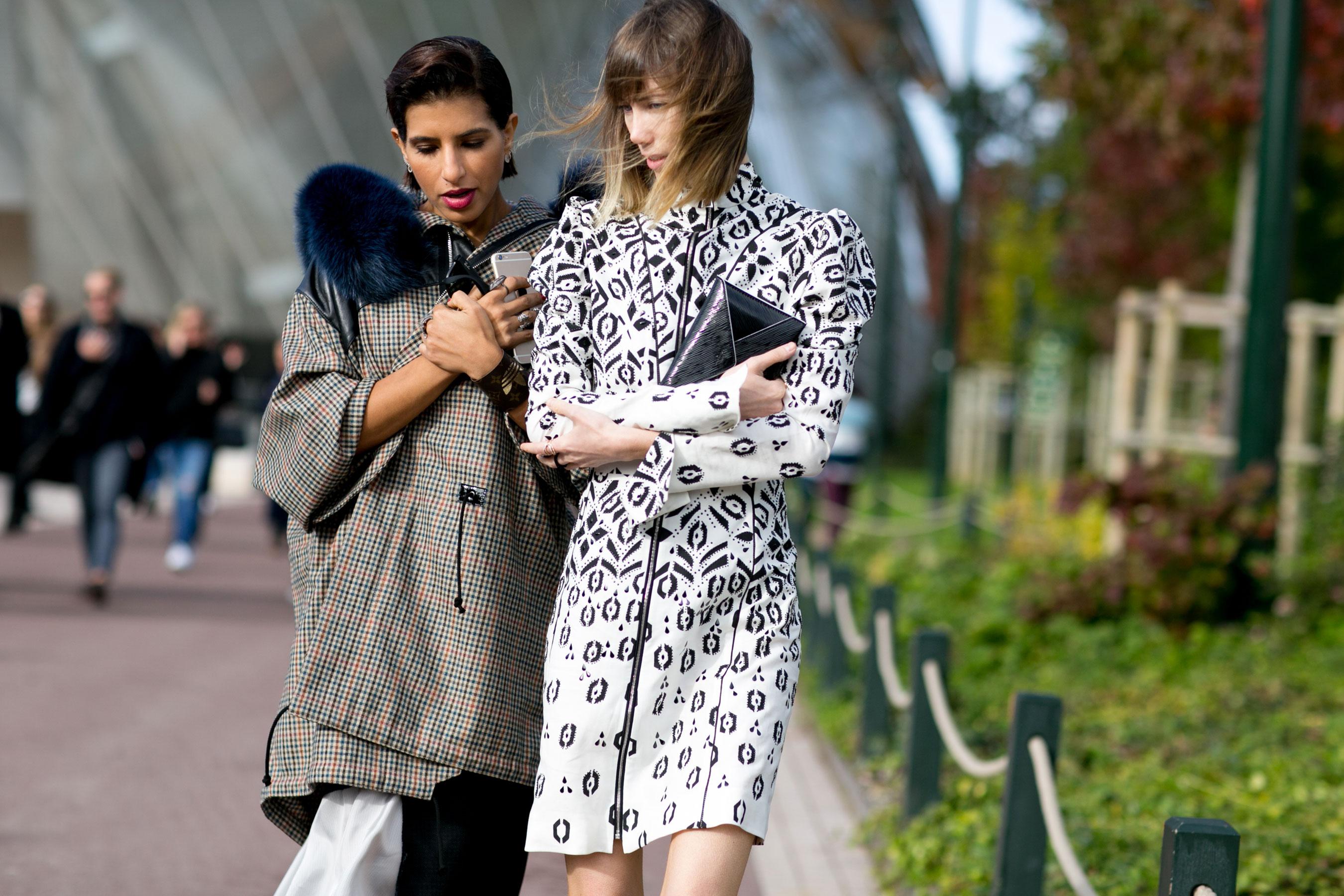Paris-fashion-week-street-style-day-9-october-2015084
