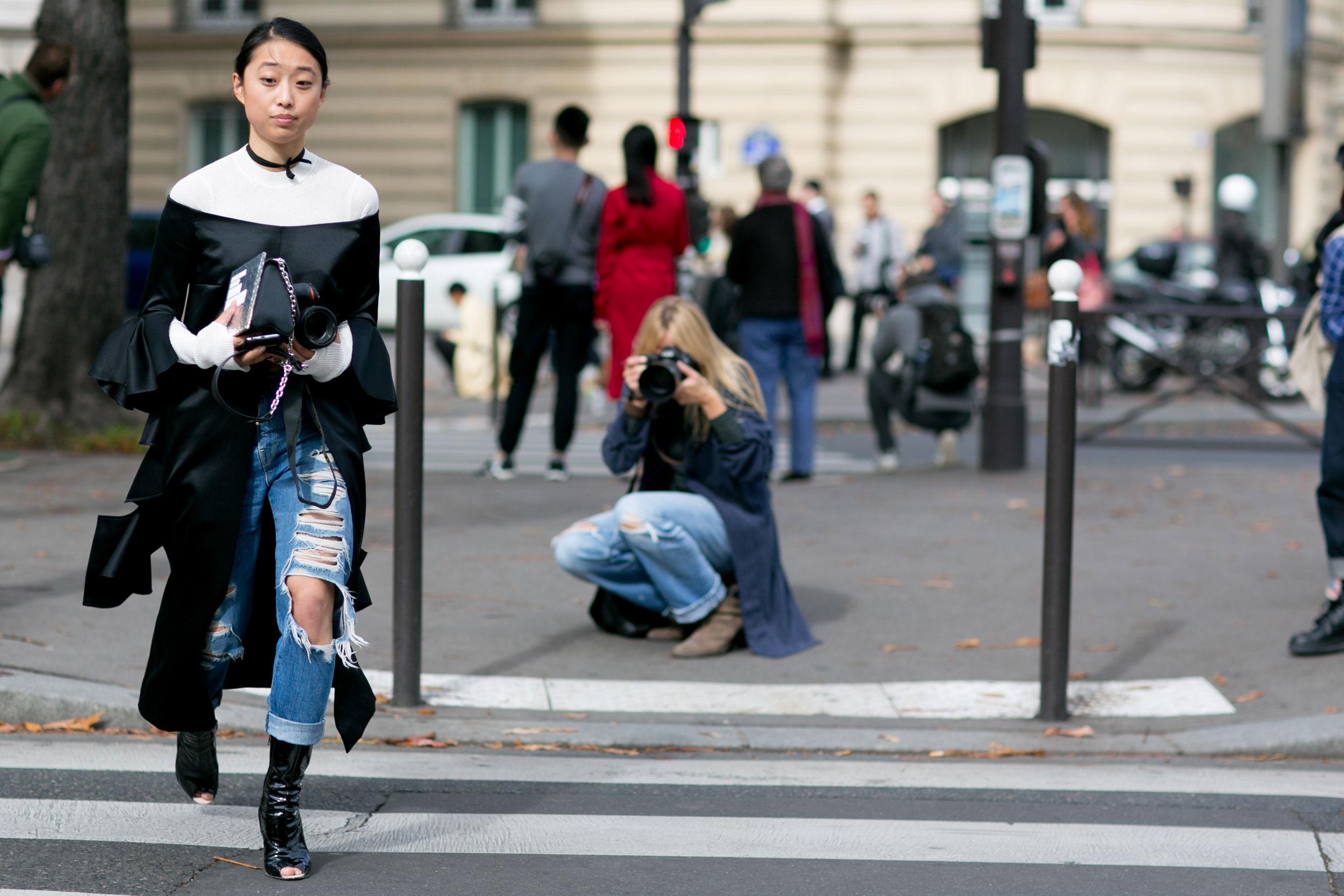 Paris-fashion-week-street-style-day-9-october-2015108