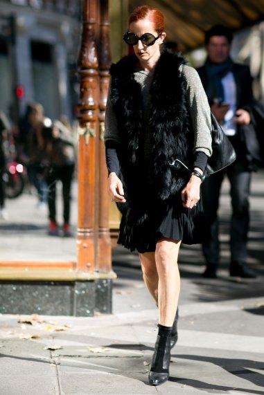 Paris-fashion-week-street-style-september-2015-day-3-the-impression-078