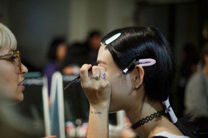 Sacai-spring-2016-beauty-fashion-show-the-impression-08