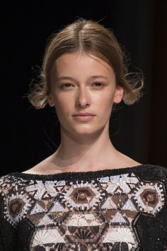 Talbot-Runhof-spring-2016-runway-beauty-fashion-show-the-impression-20