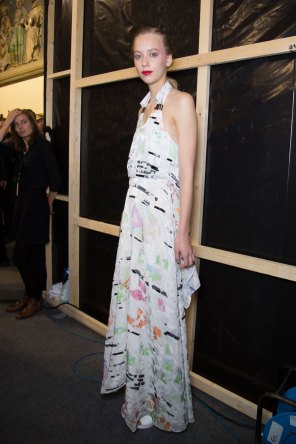 chalayan-spring-2016-backstage-fashion-show-the-impression-30