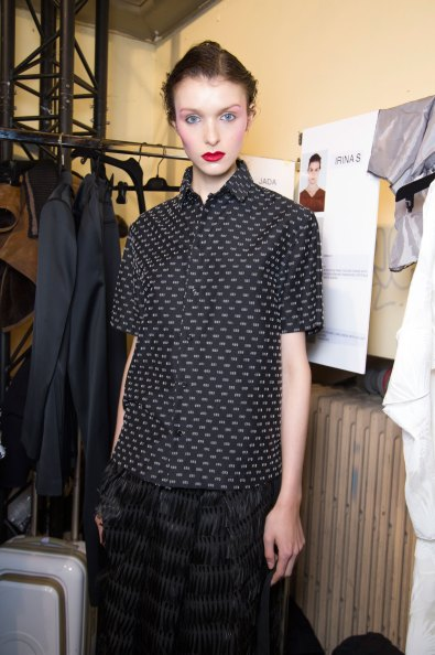 chalayan-spring-2016-backstage-fashion-show-the-impression-43
