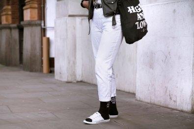 London str RF16 6873