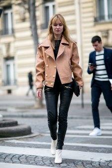 Paris str RF16 0489