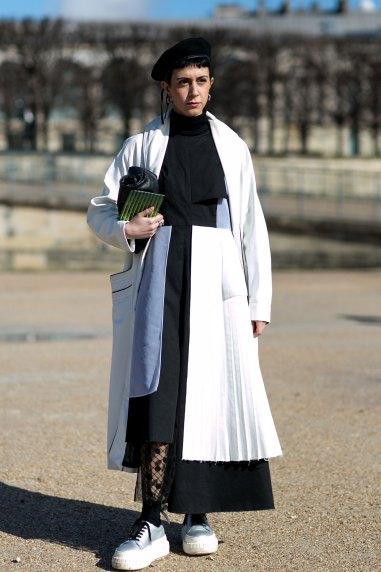 Paris str RF16 0937