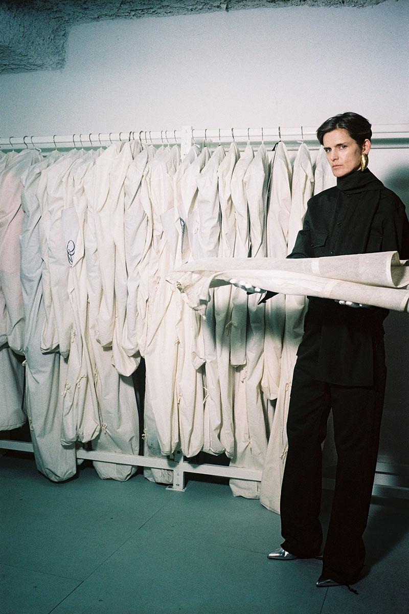 Balenciaga-pre-fall-2016-fashion-show-the-impression-24