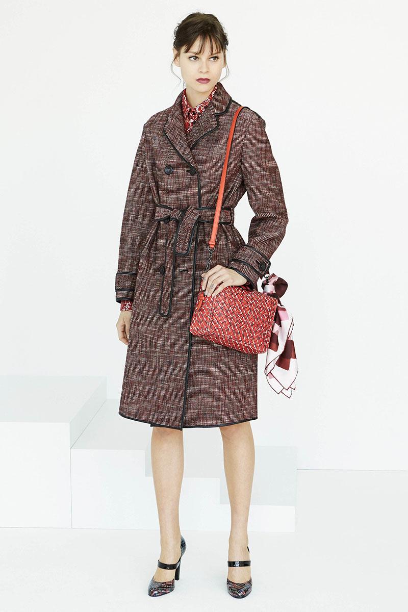 Bottega-Veneta-fashion-show-resort-2017-ready-to-wear-the-impression-11