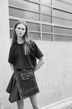 Diesel-Black-Gold-resort-2017-fashion-show-the-impression-31
