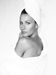 Gisele Bundchen   Towel Series