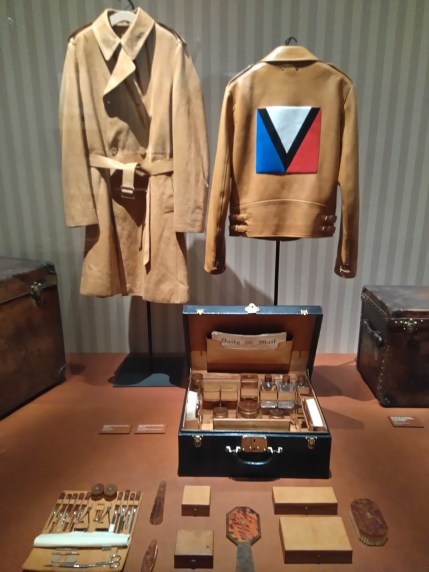 Louis-Vuitton-Volez-Voguez-Voyagez-tokyo-exhibit-the-impression-03