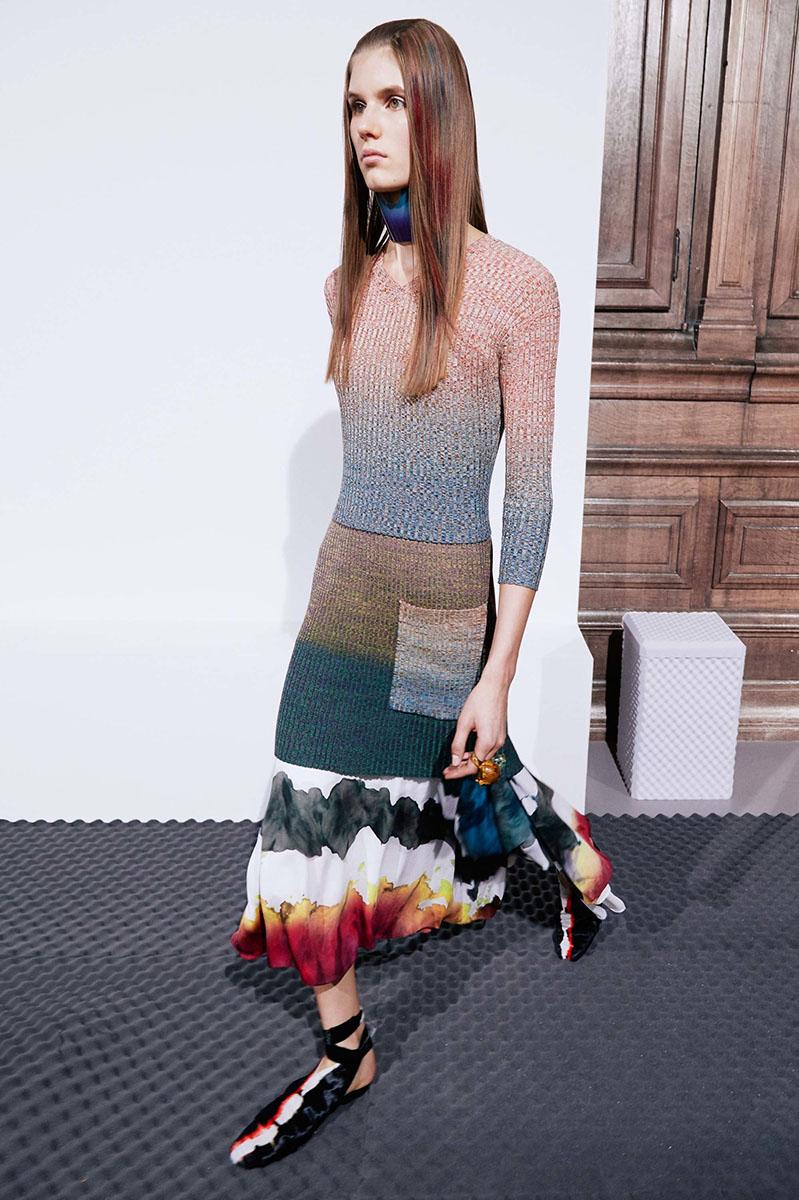 Acne-Studios-resort-2017-fashion-show-the-impression-14