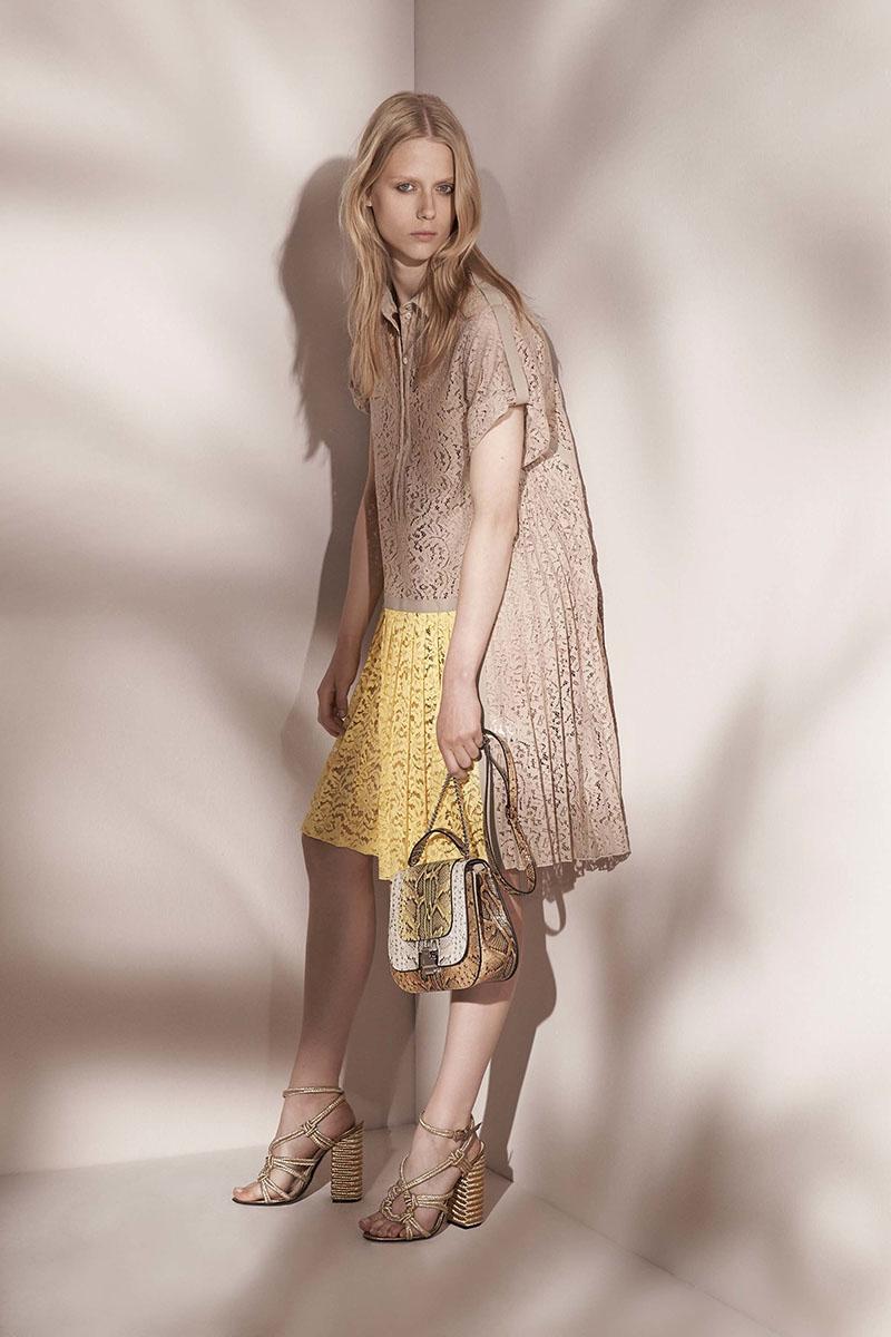 No-21-resort-2017-fashion-show-the-impression-16