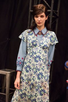 Anna Sui bks I RS17 4916