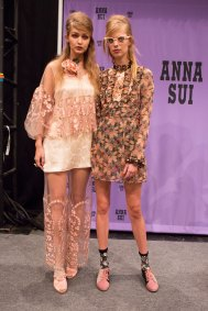 Anna Sui bks I RS17 4965