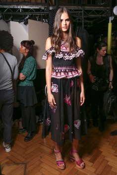 Temperley Lo bks S RS17 0409