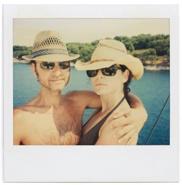 Fisher Stevens & Julianna Margulies