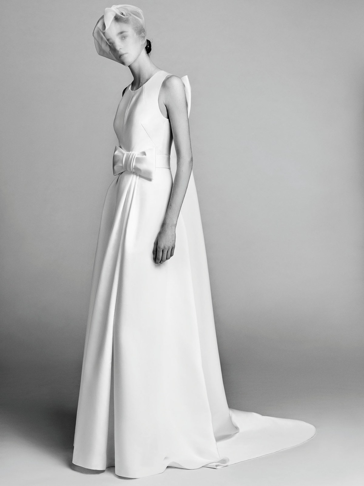 Victor-and-Rolf-fall-2017-bridal-fashion-show-the-impression-24